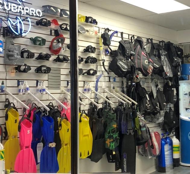 DivingStore2